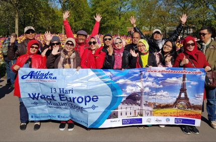 Peserta Tour Wisata Muslim Eropa Barat Adinda Azzahra