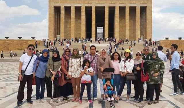 Peserta Tour Wisata Muslim Turki