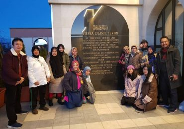 Peserta Wisata Muslim Eropa Timur
