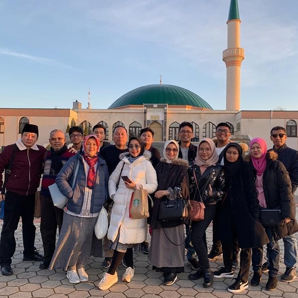 Kunjungan Islamic Center Wina Eropa Timur