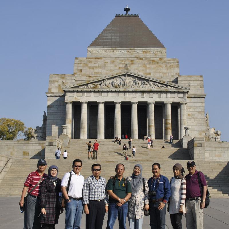 VVIP Group Tour Australia