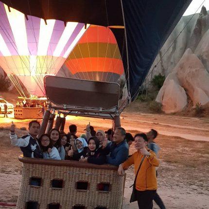 Wisata Muslim Balon Udara Turki